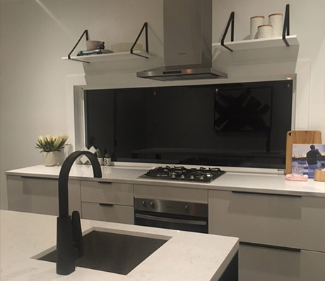 Custom Made Kitchen43