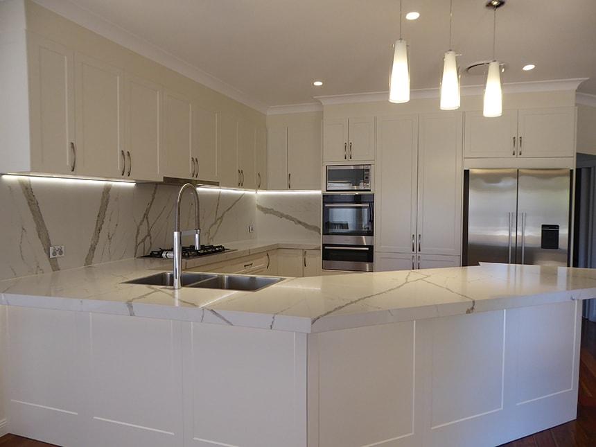 Custom Made Kitchen67
