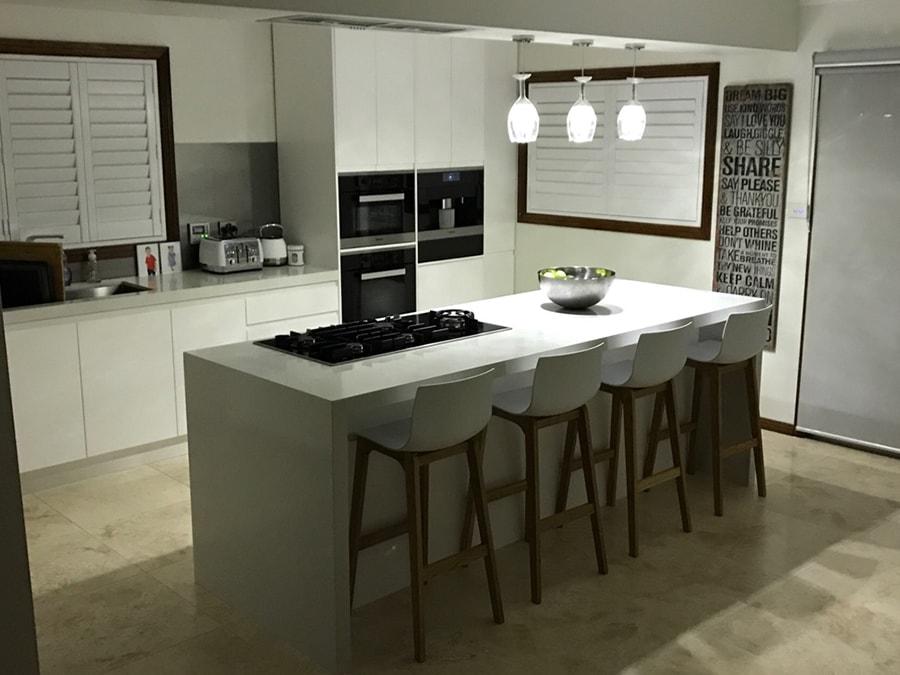 Custom Made Kitchen75