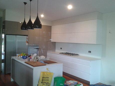 Custom Made Kitchen12