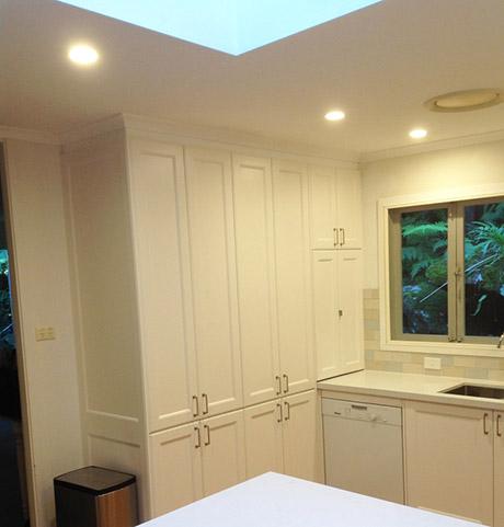 Custom Made Kitchen9