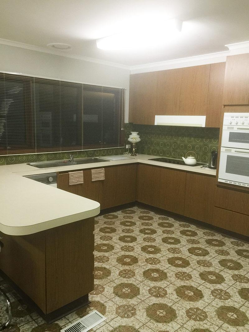 Kitchen design ideas custom made kitchen vanities gallery for Custom made kitchens