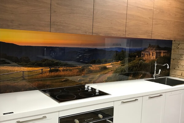 outer look of paradise kitchens showroom
